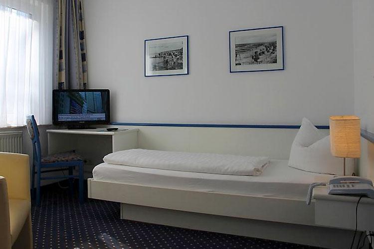 unsere zimmer hotel seebr cke. Black Bedroom Furniture Sets. Home Design Ideas